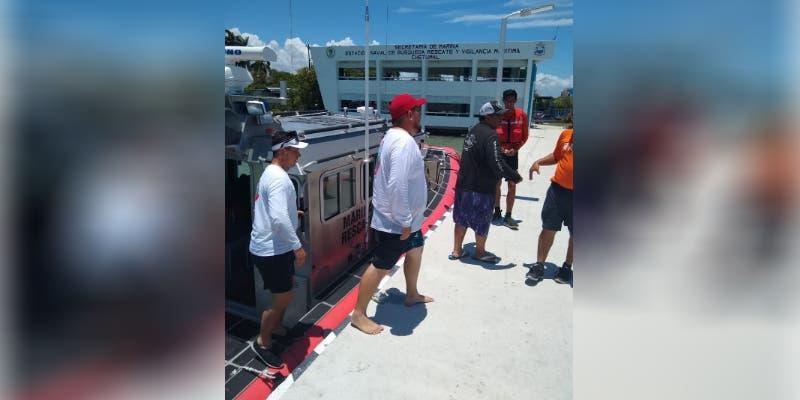 Naval rescata a tripulantes