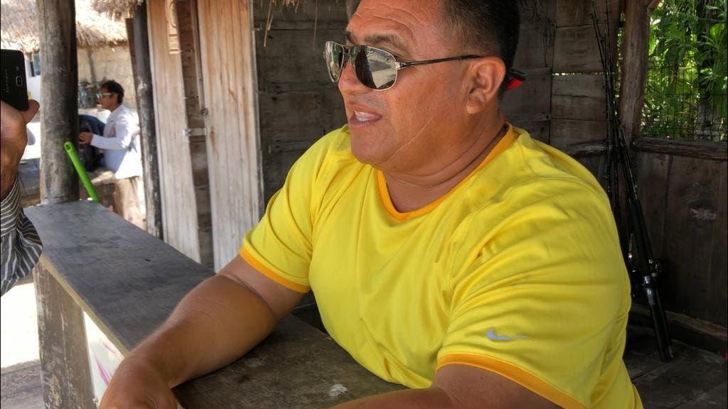 Secretario de la cooperativa turística Mar Caribe, José Gómez Burgos,
