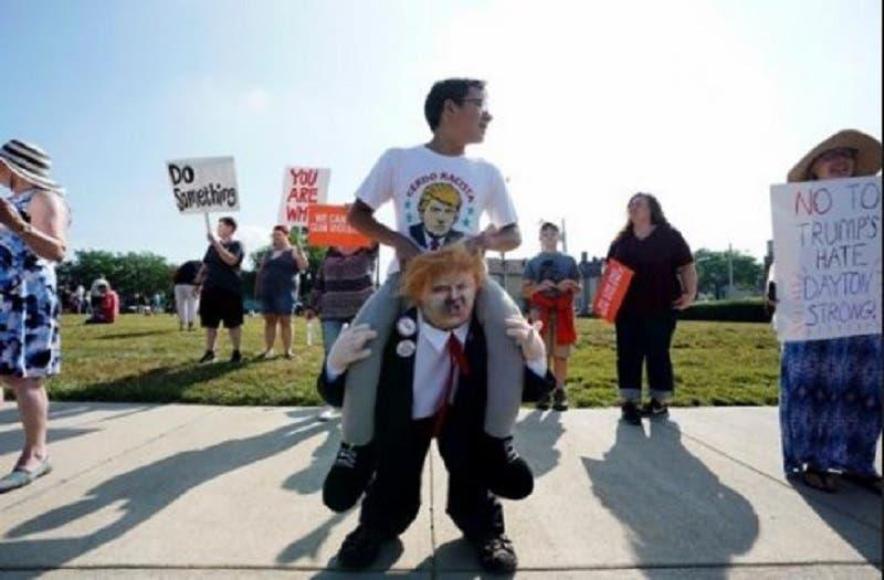 El discurso de odio de Trump en contra de migrantes latinos ha llevado las protestas a extremos insospechados.