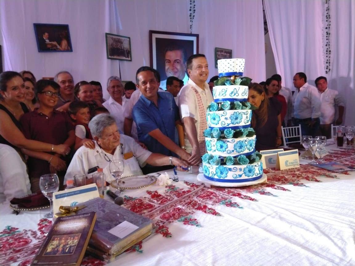 Cumpleaños de Don Gastón Alegre López
