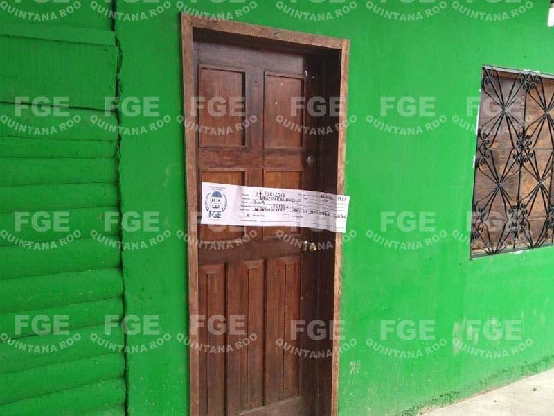 Cumplimenta FGE cateo y asegura dosis de drogas; el operativo de la FGE se llevó a cabo en una vivienda de la colonia del Bosque en Chetumal.
