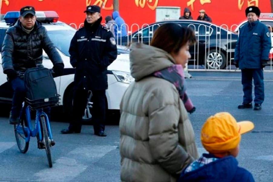 Atacan escuela primaria en China; ocho niños muertos