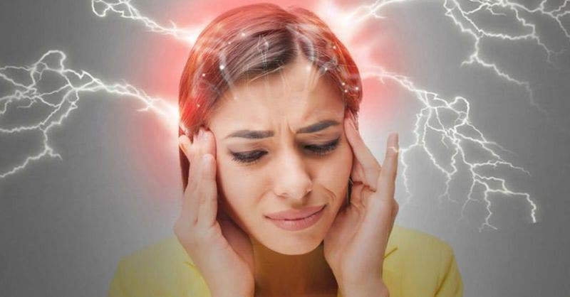 ¿Por qué hay dolor de cabeza durante los días de menstruación?