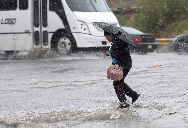 "Castiga ""Fernand"" con lluvias e inundaciones al noreste de México"