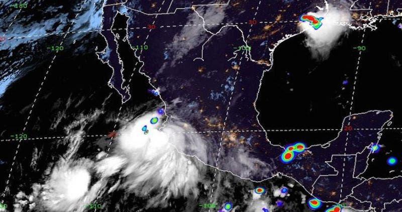 "Vista satelital del huracán ""Lorena""."