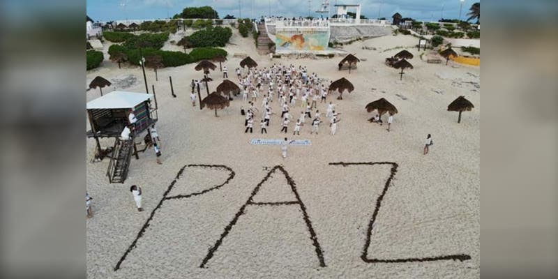 """Celebran """"Día Internacional de la Paz"""" en Playa Delfines"""