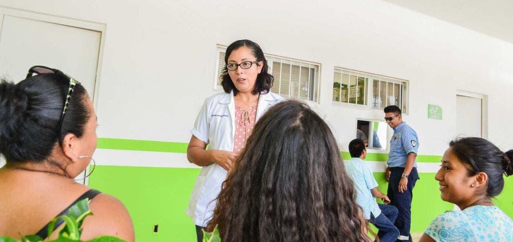 El gobierno de Laura Fernández  atiende a la población en rubros como salud, deporte, programas para la tercera edad, para las mujeres y niños, entre otros