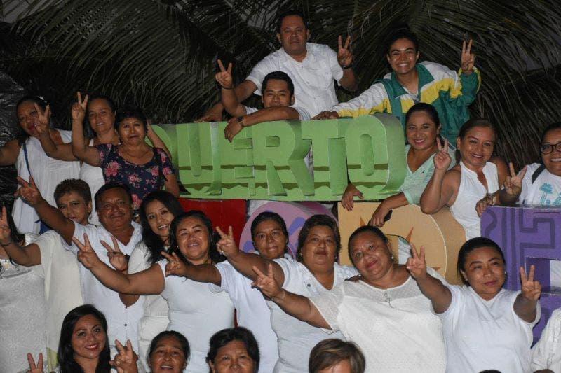 Por conducto del DIF Puerto Morelos y a convocatoria del DIF Quintana Roo organizan un ritual maya para hacer un llamado en favor de la paz mundial y a enfrentar el cambio climático
