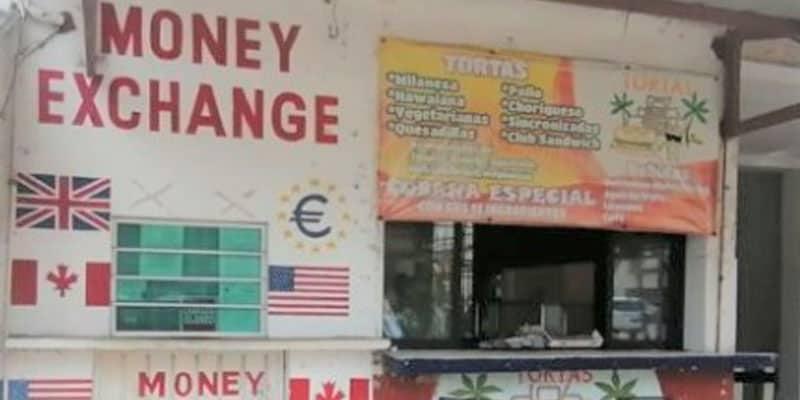 Roban un millón de pesos en casa de cambio en Tulum.