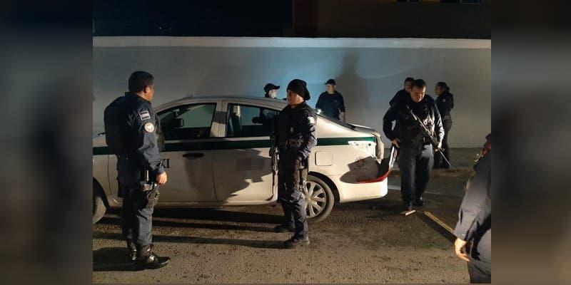 Asaltan y encajuelan a taxista en Cancún