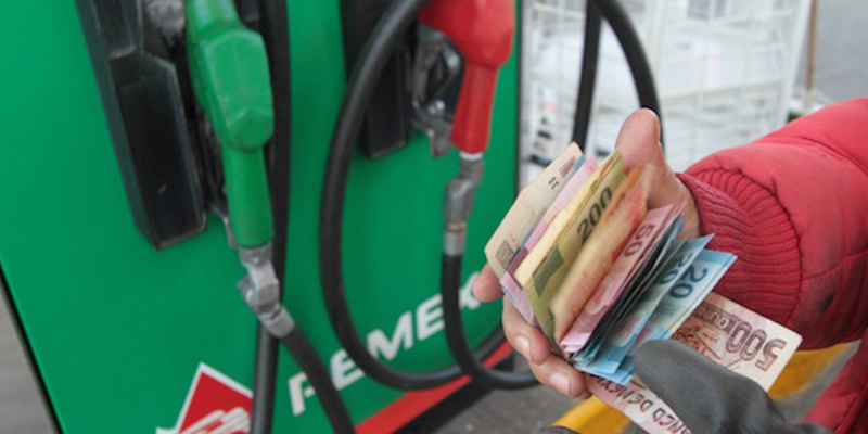 Sube IEPS de gasolina Magna y Diésel a partir de este sábado