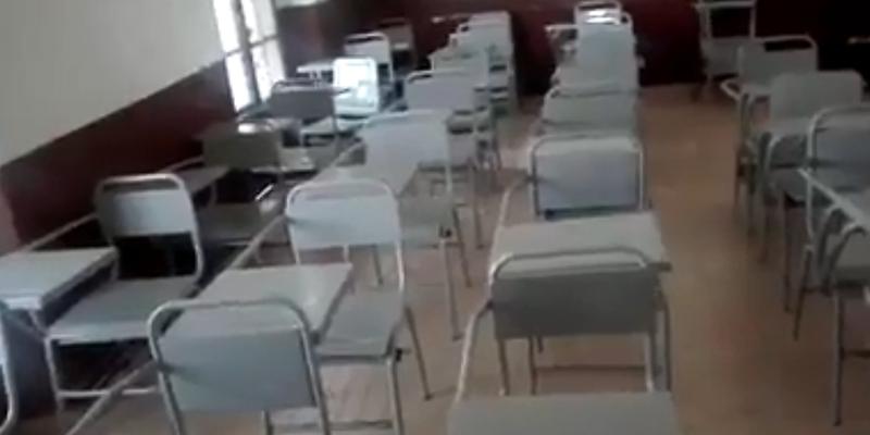 Video: Maestro graba a fantasmas que lo asustan en salón de clases