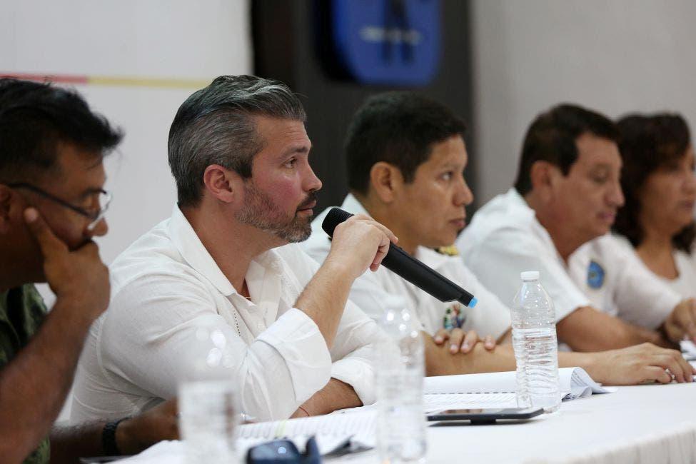 Efectúan simulacro de huracán en Cozumel