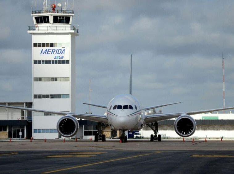Aplican protocolo sanitario en el Aeropuerto Internacional de Mérida.
