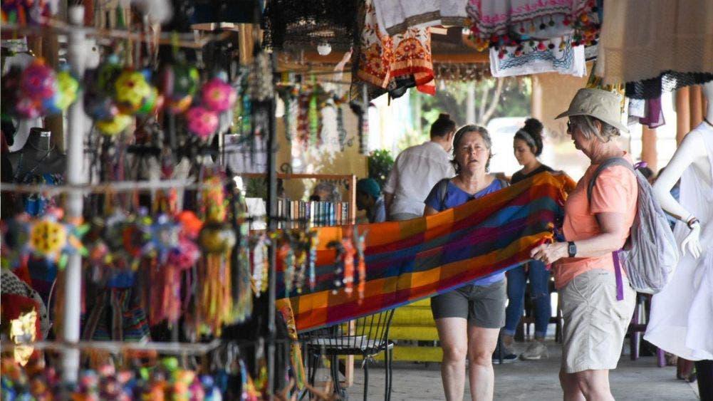 Crea Laura Fernández oportunidades de negocio para artesanos