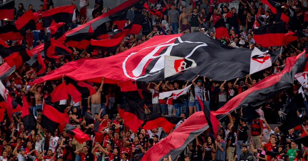 Por homofóbicos, Atlas jugará sin afición en el Estadio Jalisco