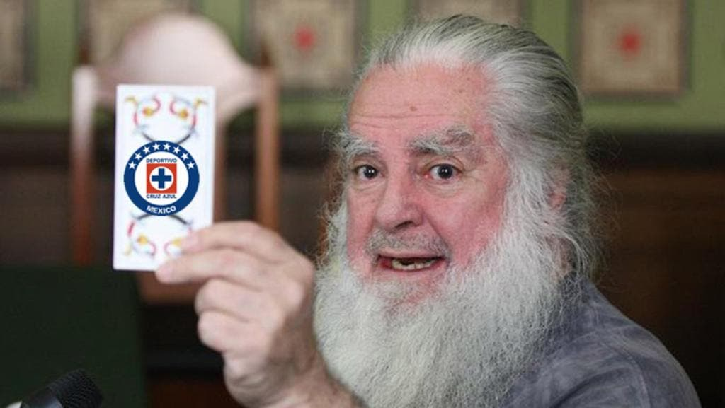 """El """"Brujo Mayor"""" declaró en su conferencia de inicio de año, que el Cruz Azul nunca será campeón de nada mientras no se haga una limpia pues esta """"embrujado""""."""