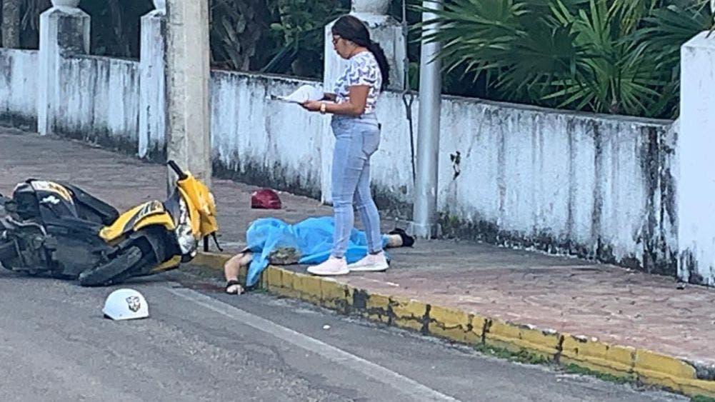 Fallece turista tras derrapar en curva de la zona hotelera