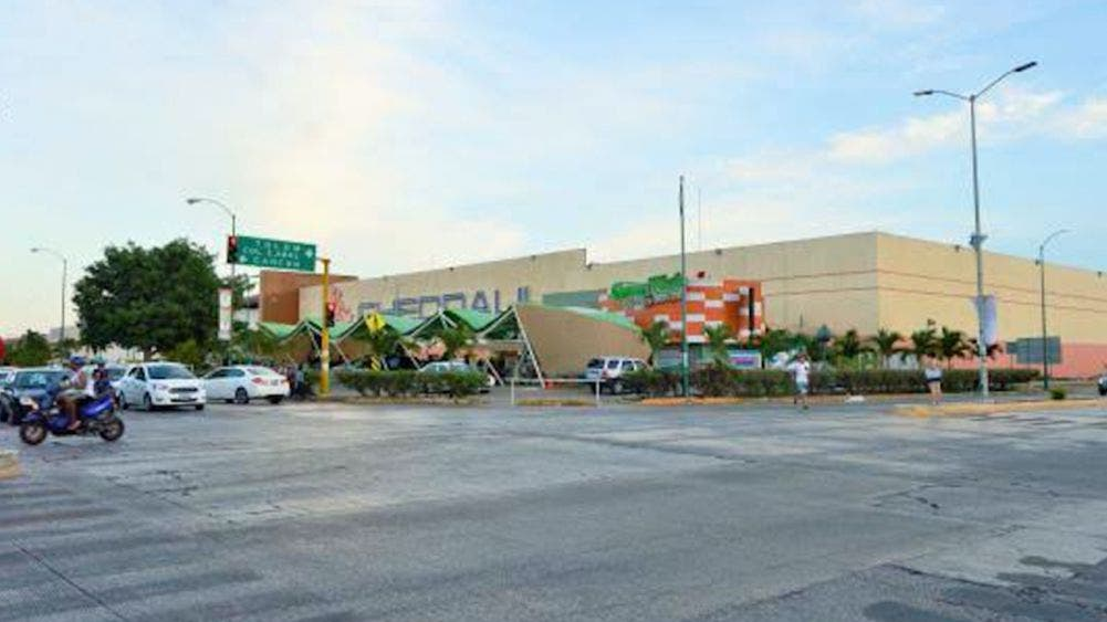 Piden empresarios revisión de obras en estacionamientos