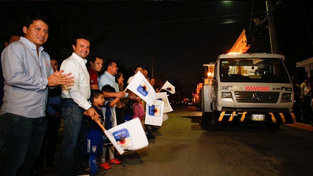 Emprende Pedro Joaquín modernización de 3 mil luminarias en Cozumel