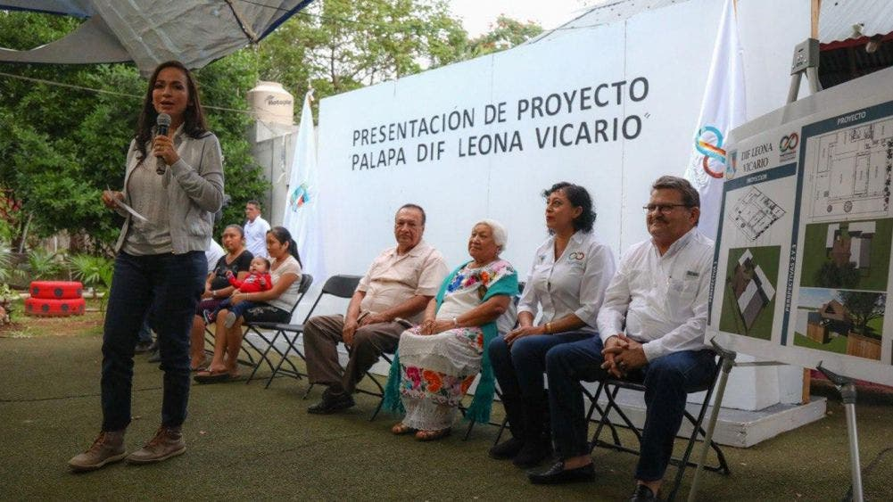 Presenta Laura Fernández proyecto de Palapa del DIF Leona Vicario