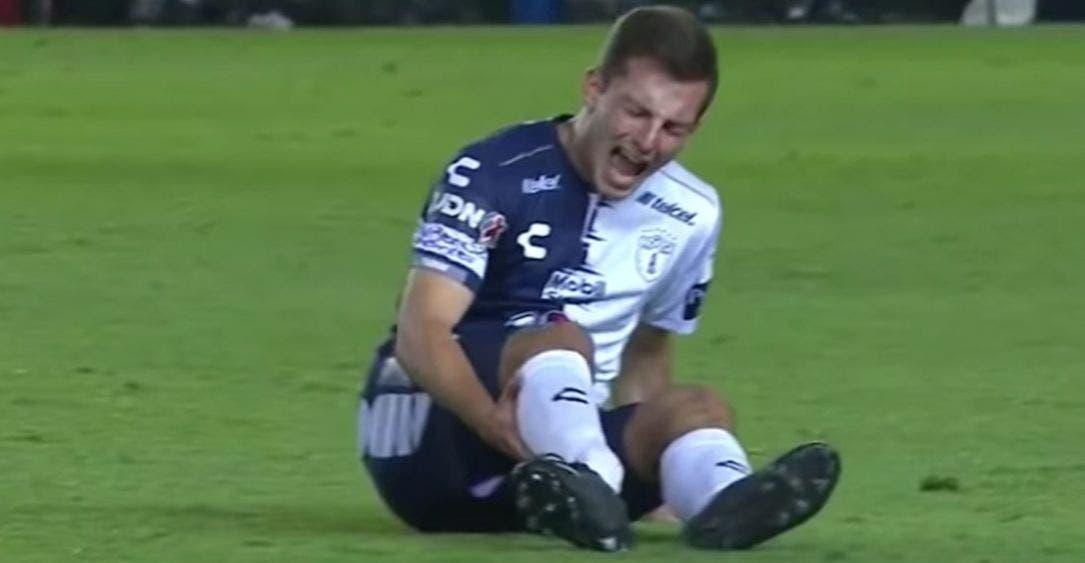 IMÁGENES FUERTES: Eugenio Pizzuto tuvo grave lesión en debut con Pachuca
