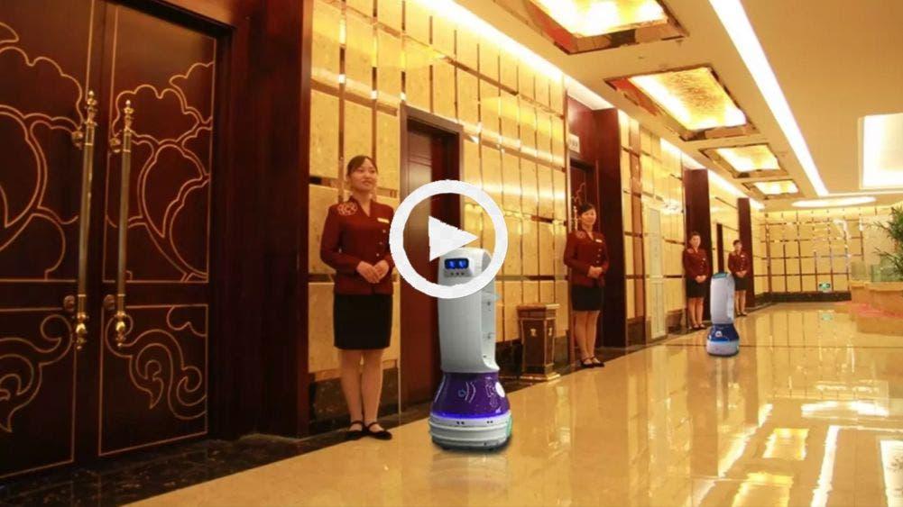 Enfermeros Robots cuidan a pacientes de Coronavirus en China