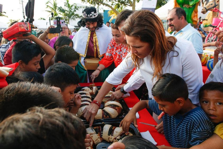 Recuerda Pedro Joaquín Delbouis que junto con la iniciativa privada, como Grupo ADO, promotores y organizadores, impulsarán la promoción nacional e internacional de Cozumel con eventos de talla mundial en la isla