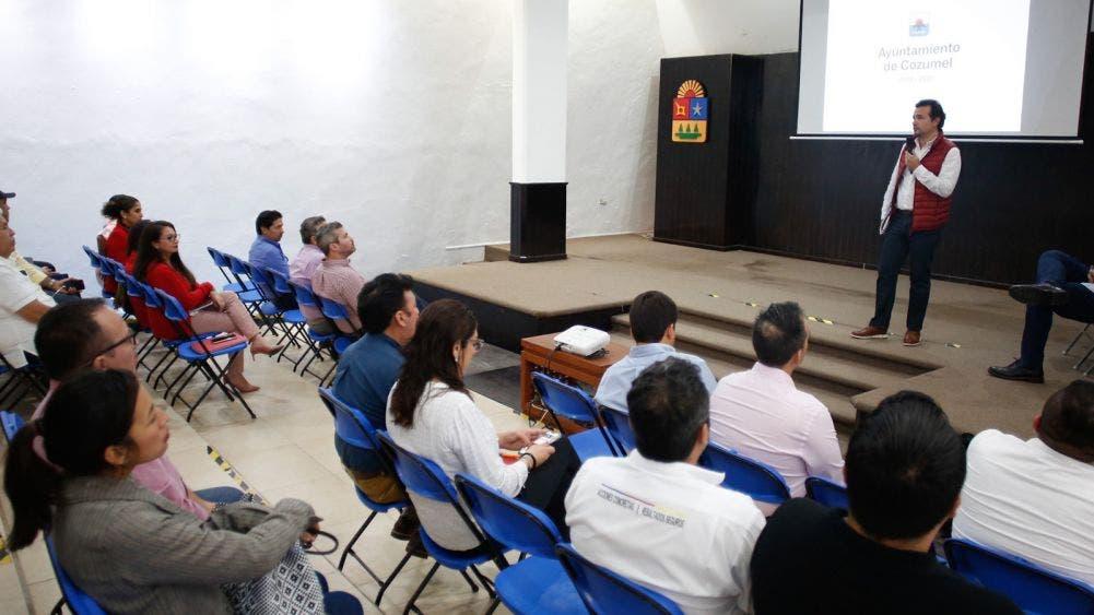 Pide Pedro Joaquín a su gabinete esforzarse por un mejor Cozumel