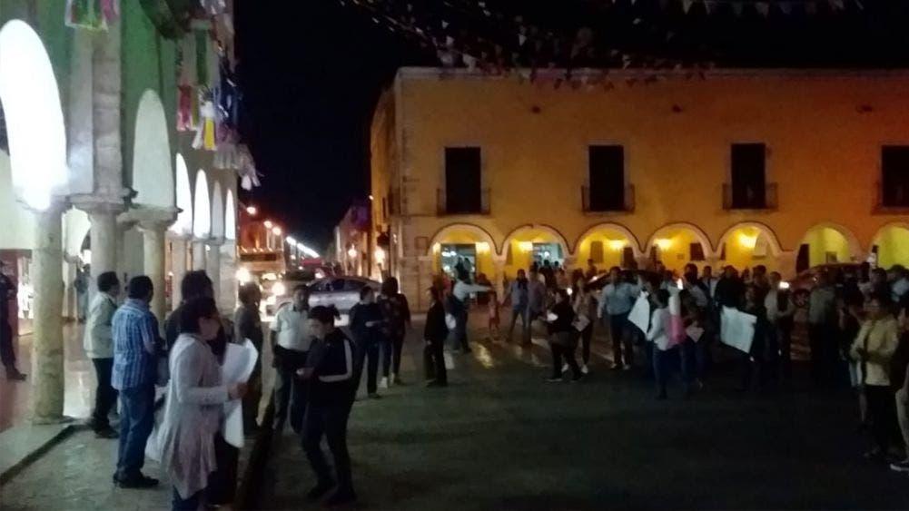 Marchan contra gobierno de Vila Dosal en Valladolid
