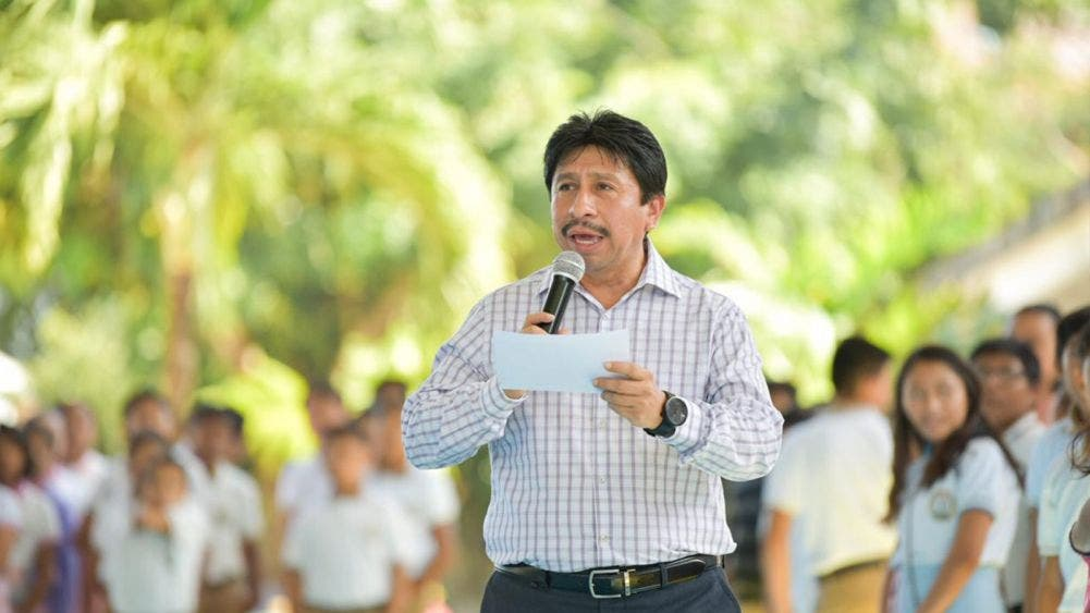 Inicia Víctor Mas semana de entrega de obras en Tulum