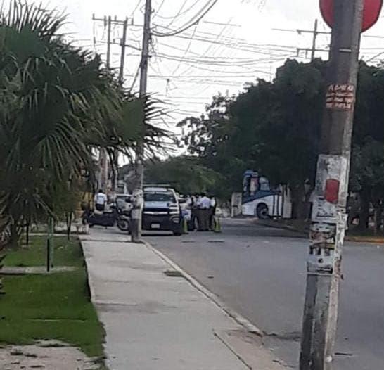 Oscuridad en el operativo contra polarizados en Cancún.