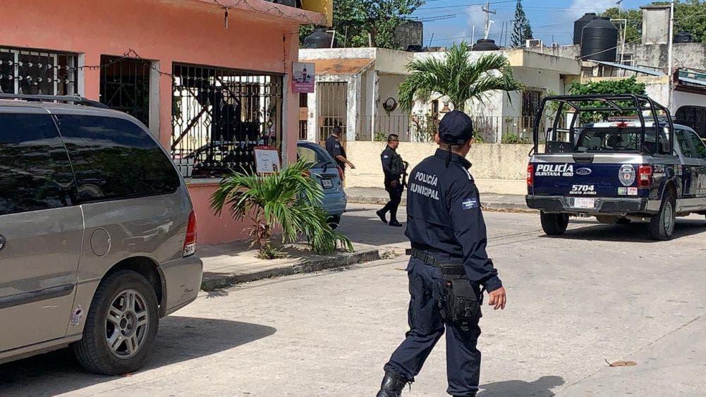Cancún: Reclaman cuerpo de menor ejecutado en la Región 103; familiares dicen desconocer el motivo del ataque a balazos.