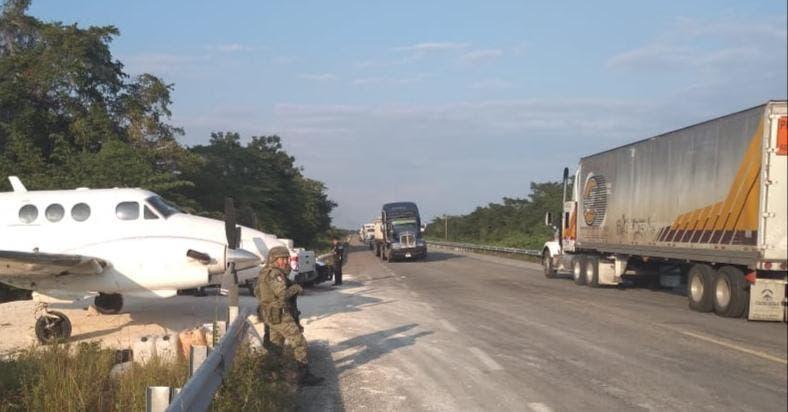 Narcoaterrizaje: Aseguran armas y equipo táctico en Nuevo Israel.