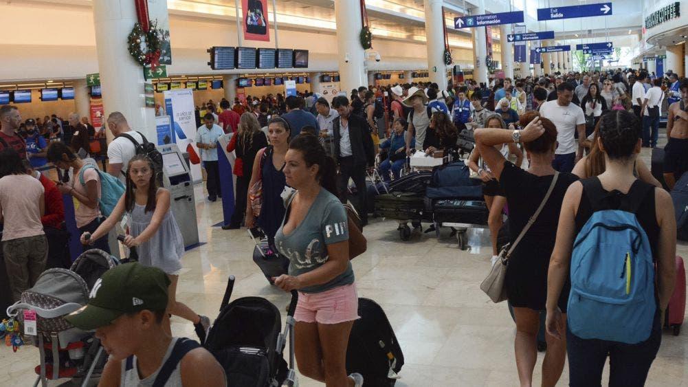 Aeropuerto de Cancún refuerza medidas contra coronavirus