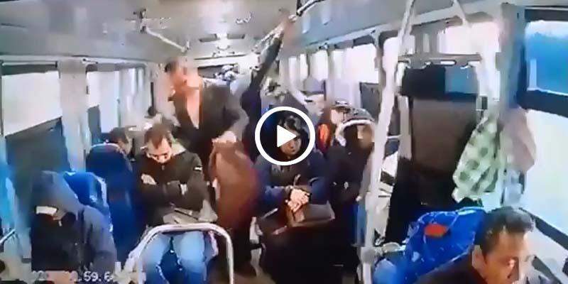 Video: Hombres de traje y lentes asaltan a pasajeros en autopista