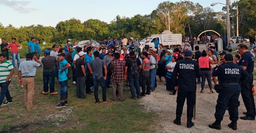 liberan carretera Bacalar-Felipe Carrillo