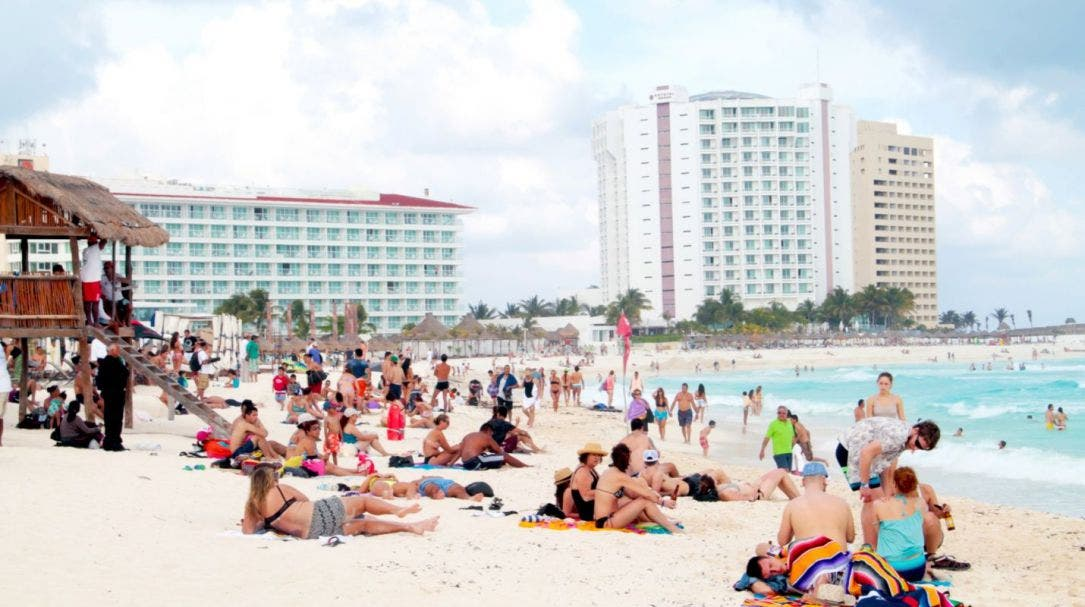 Tensión en EU afectaría flujo de turistas de ese país al Caribe mexicano.