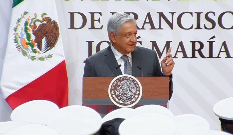 Democracia y justicia social para mexicanos, refirma AMLO.