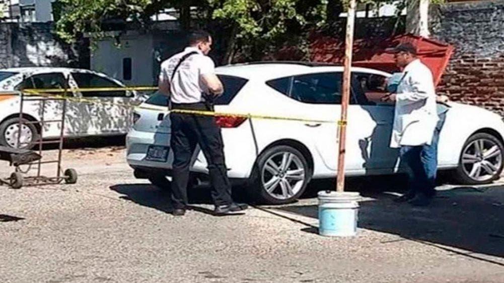 Muere bebé asfixiado dentro de un vehículo