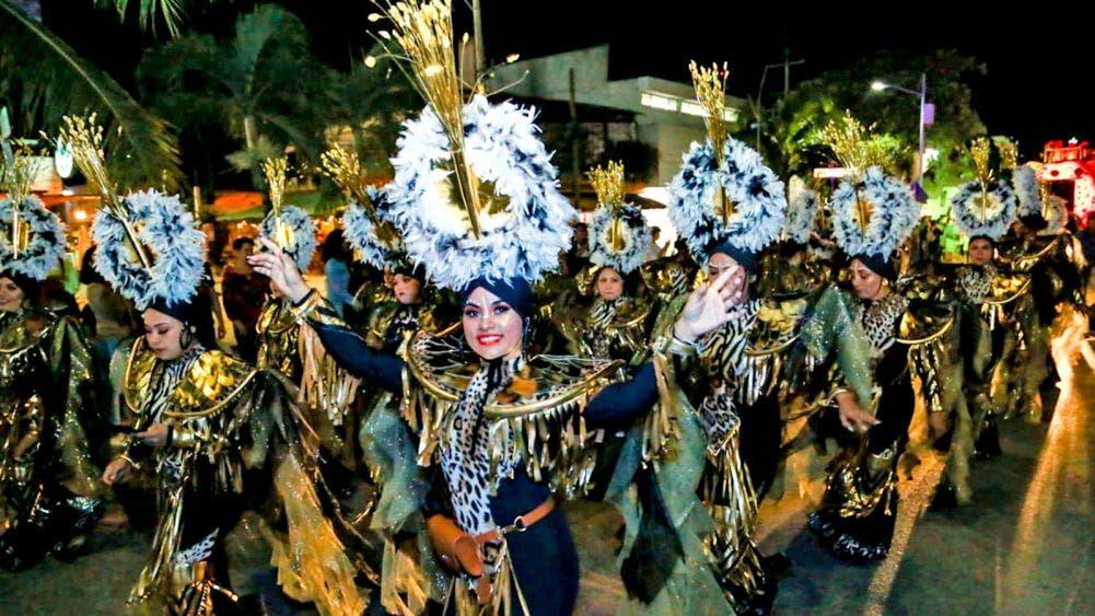 Fiesta y alegría en Tulum, Carnaval 2020