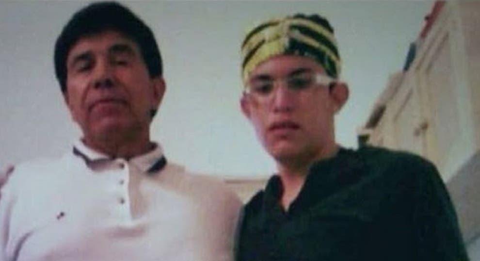 Una de las imágenes más recientes del capo Rafael Caro Quintero junto a una persona desconocida.