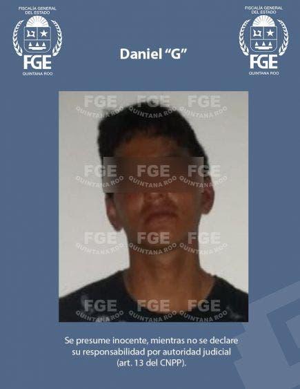 Detienen a presunto implicado en ejecución de jefe policiaco en Playa del Carmen.