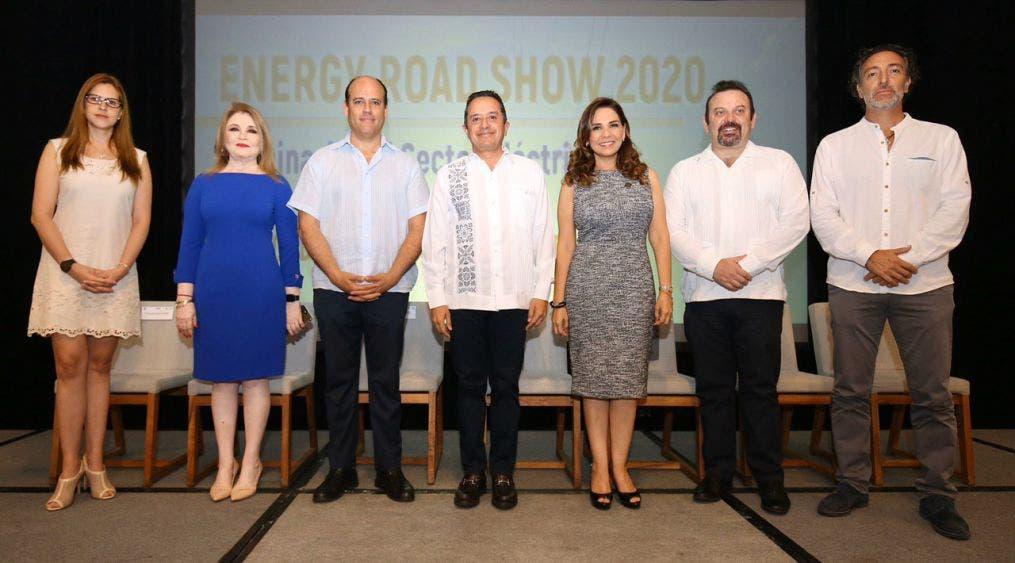 Destaca el gobernador Carlos Joaquín apoyo del gobierno federal para el sureste.