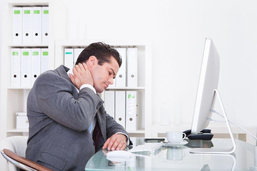 ¡Acaba con el estrés! | Ejercicios para hacer desde tu oficina