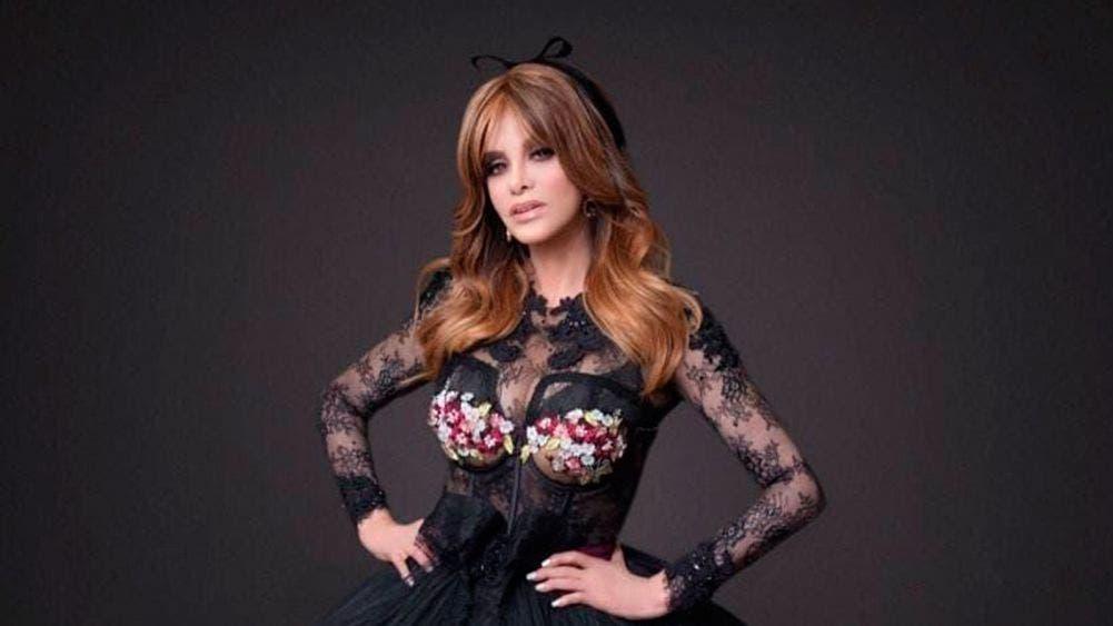 A sus 65 años Lucia Méndez derrocha glamour