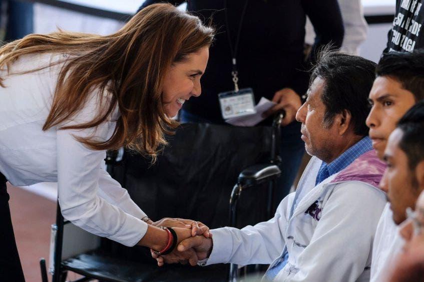 """La Presidente Municipal encabezó la 16º edición de las audiencias públicas """"Tierra de Todos"""" en la SM. 85, en la subdelegación de Puerto Juárez"""