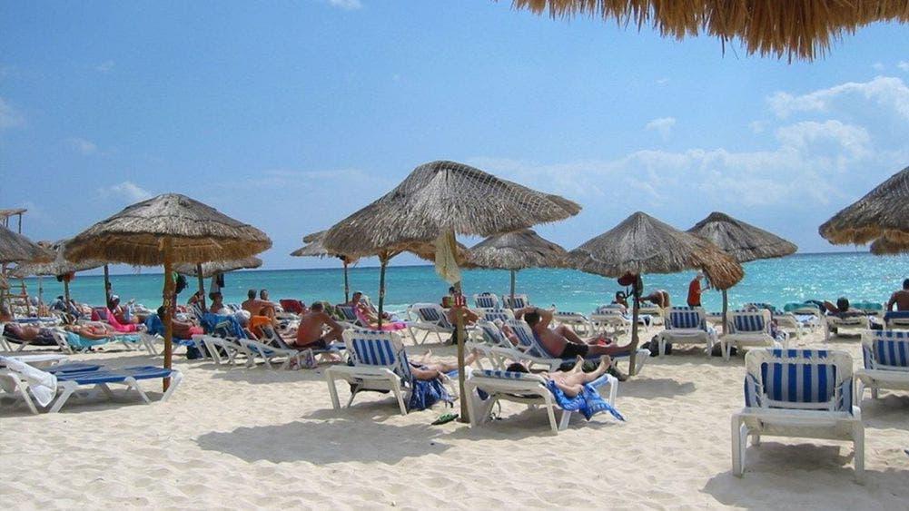 Interface: Playa Mamitas, en riesgo de perder su concesión