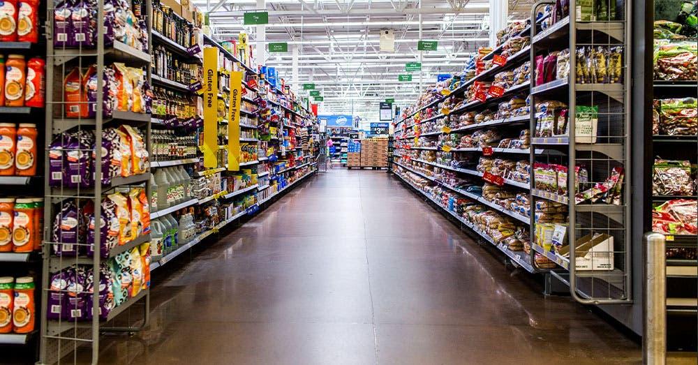 Pánico en Walmart: Hombre y mujer protagonizan tiroteo