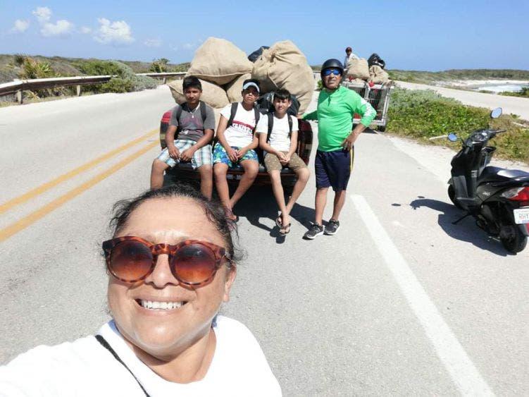 Bañistas en Cozumel continúan dejando basura en playas de oriente de la isla